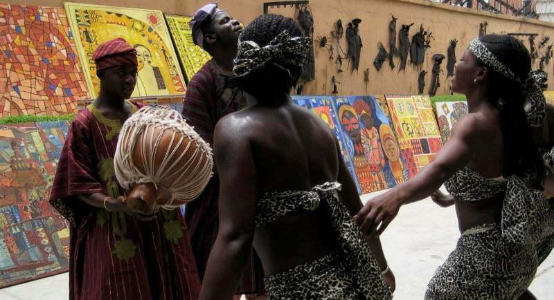 nigeria-dancing-traditional-art